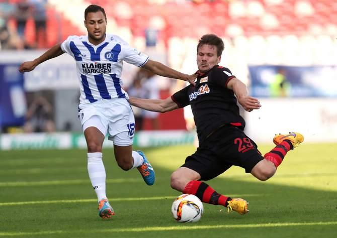 Kann Michael Parensen Karlsruhe und Manuel Torres stoppen? © Imago