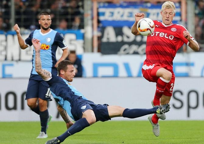 Timo Perthel und der VfL wollen Düsseldorf bremsen © Imago
