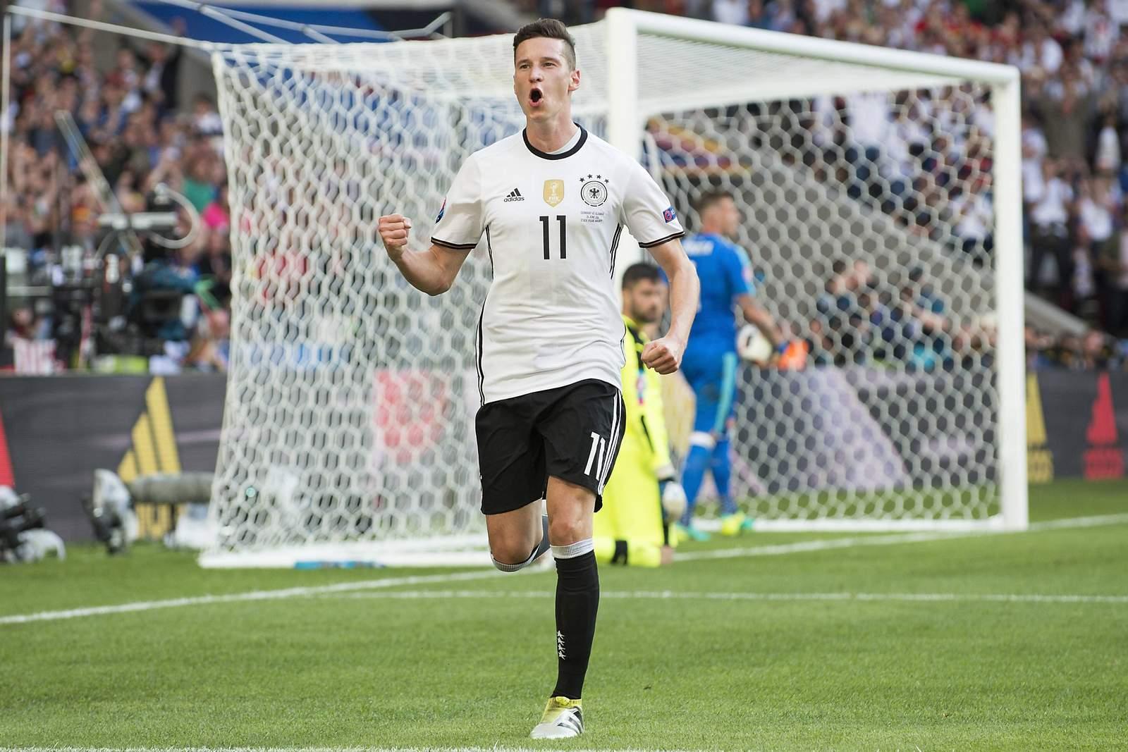 Julian Draxler jubelt für die deutsche Nationalmannschaft. Jetzt auf die Partie Deutschland gegen Frankreich wetten