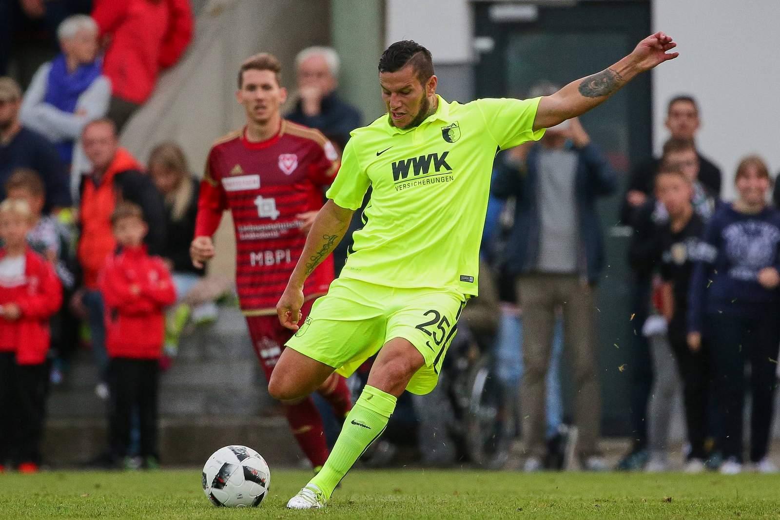 Raul Bobadilla zieht ab. Jetzt auf Köln gegen Augsburg wetten!