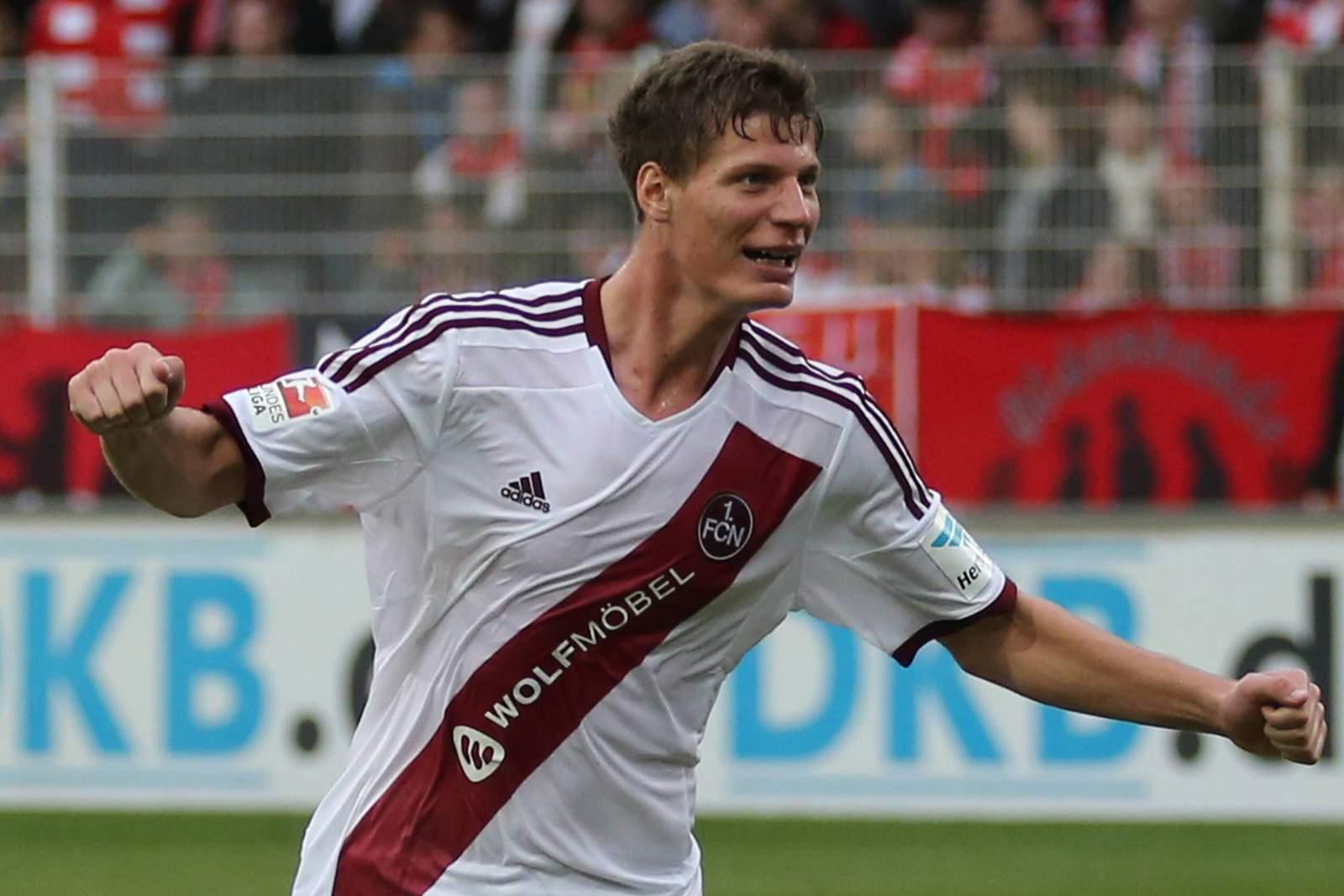 Patrick Erras jubelt nach Tür für Nürnberg