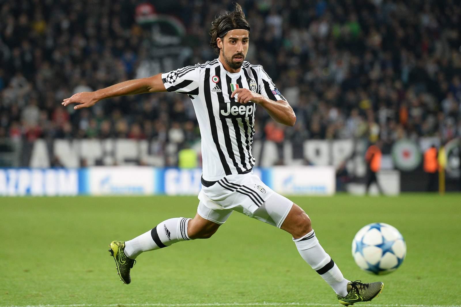 Sami Khedira ist für Juve am Ball. Jetzt auf Juventus gegen Sevilla wetten!