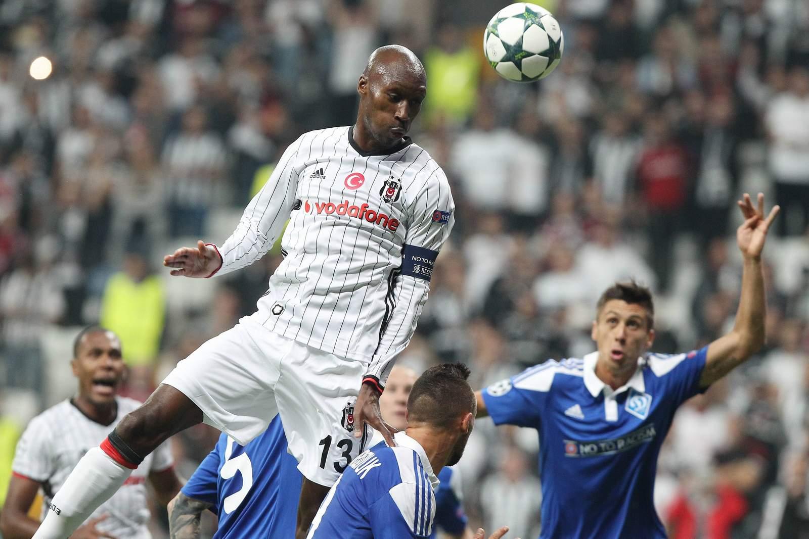 Ataba Hutchinson steigt am höchsten. Jetzt auf Dynamo Kiew gegen Besiktas wetten!