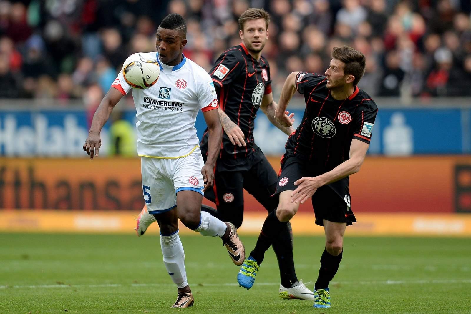 Setzt sich Cordoba gegen Abraham durch? Jetzt auf Eintracht Frankfurt gegen Mainz wetten