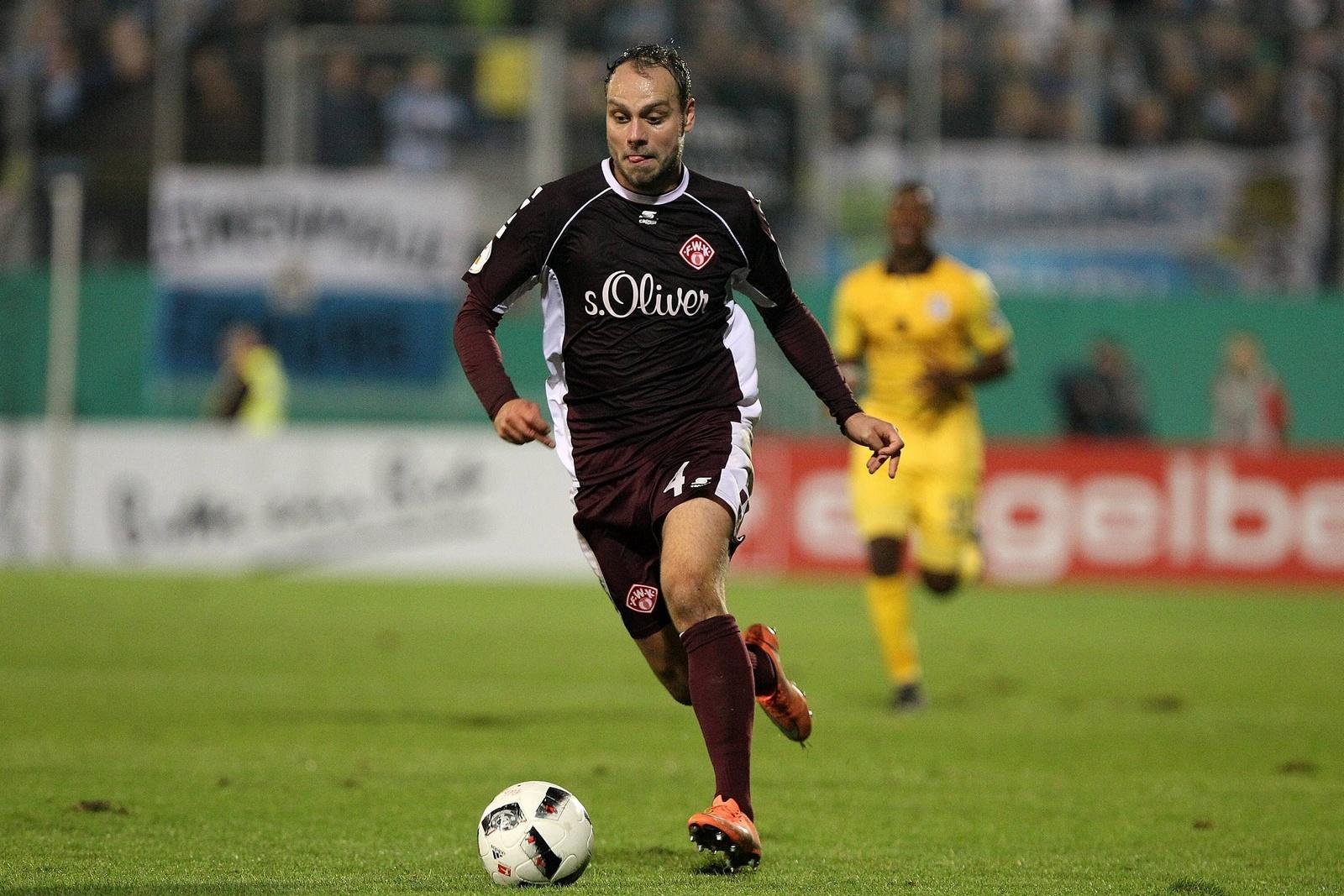 Rico Benatelli von den Würzburger Kickers