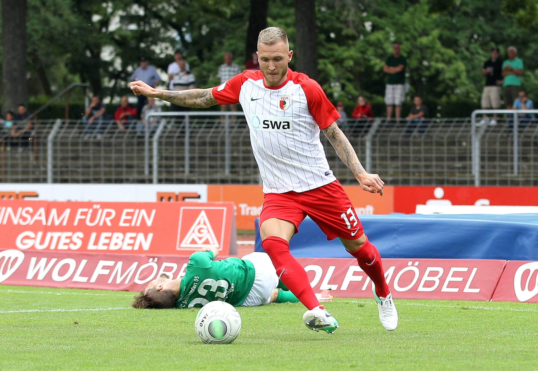Tim Rieder, hier am Ball für den FC Augsburg II