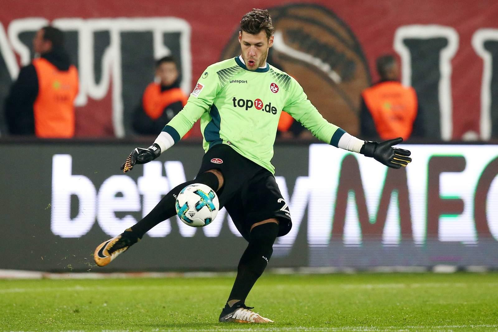 Marius Müller beim Abschlag