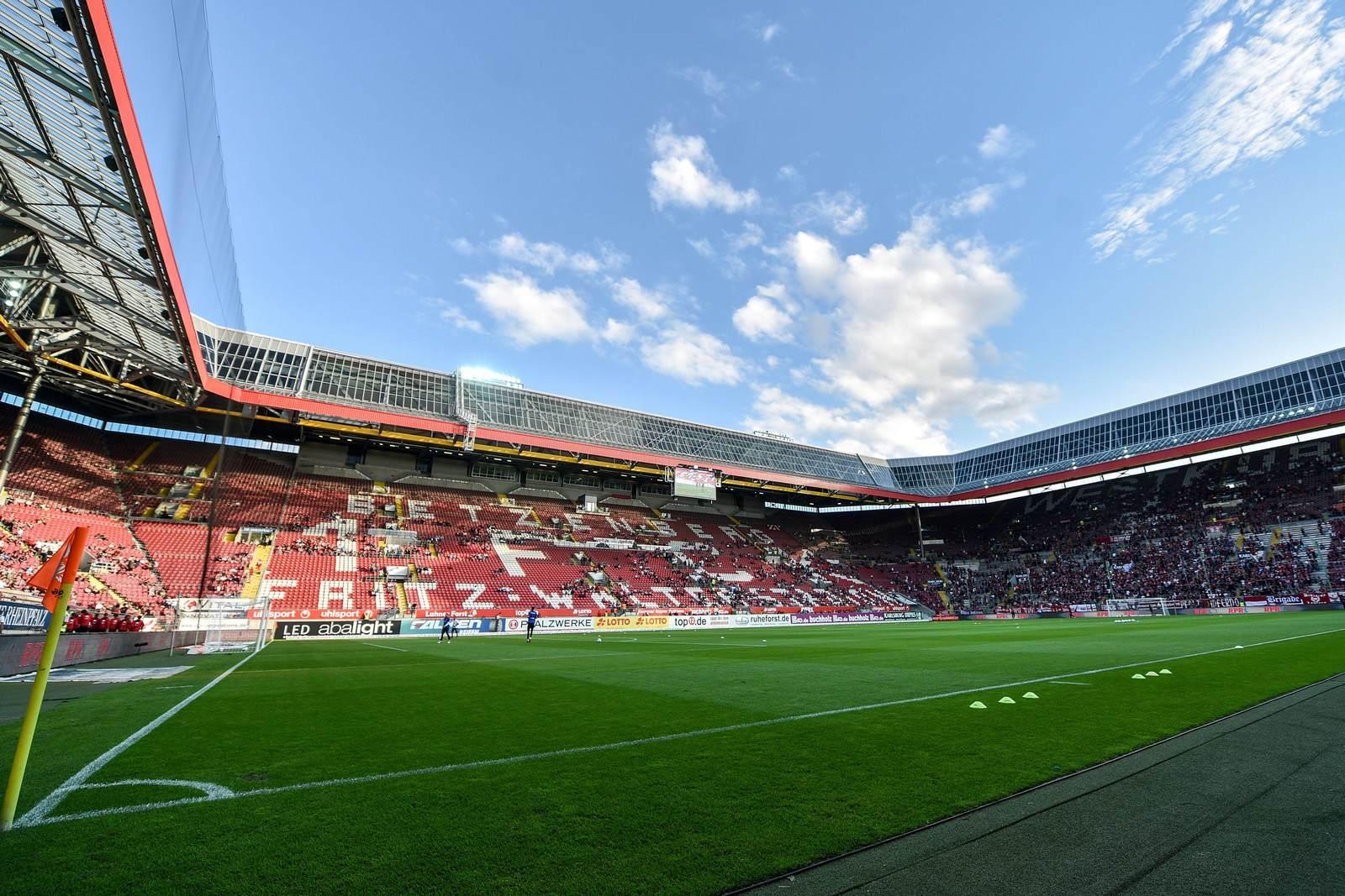 Das Fritz-Walter-Stadion, Heimspielstätte des 1. FC Kaiserslautern