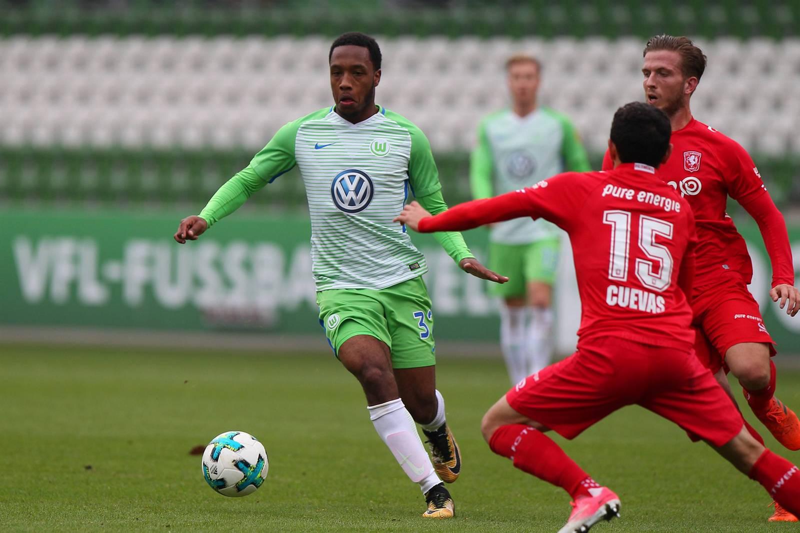 Fußball: Hinds von Wolfsburg an Fürth ausgeliehen