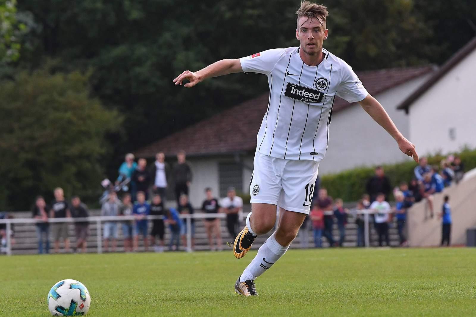 Eintracht Frankfurt leiht Besuschkow an Holstein Kiel aus