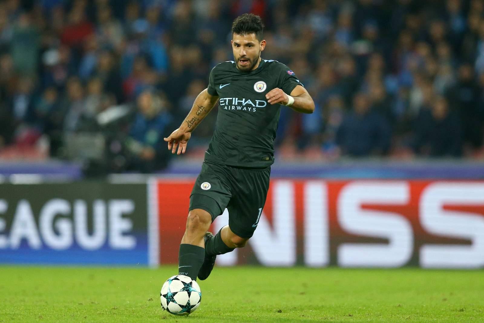 Kun Agüero auf dem Weg zum Tor +jetzt auf Liverpool vs Manchester City wetten