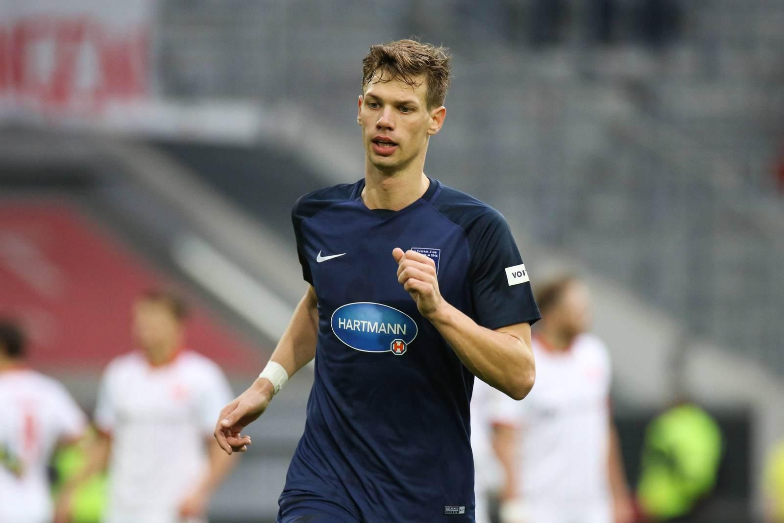 Maximilan Thiel im Trikot des 1. FC Heidenheim