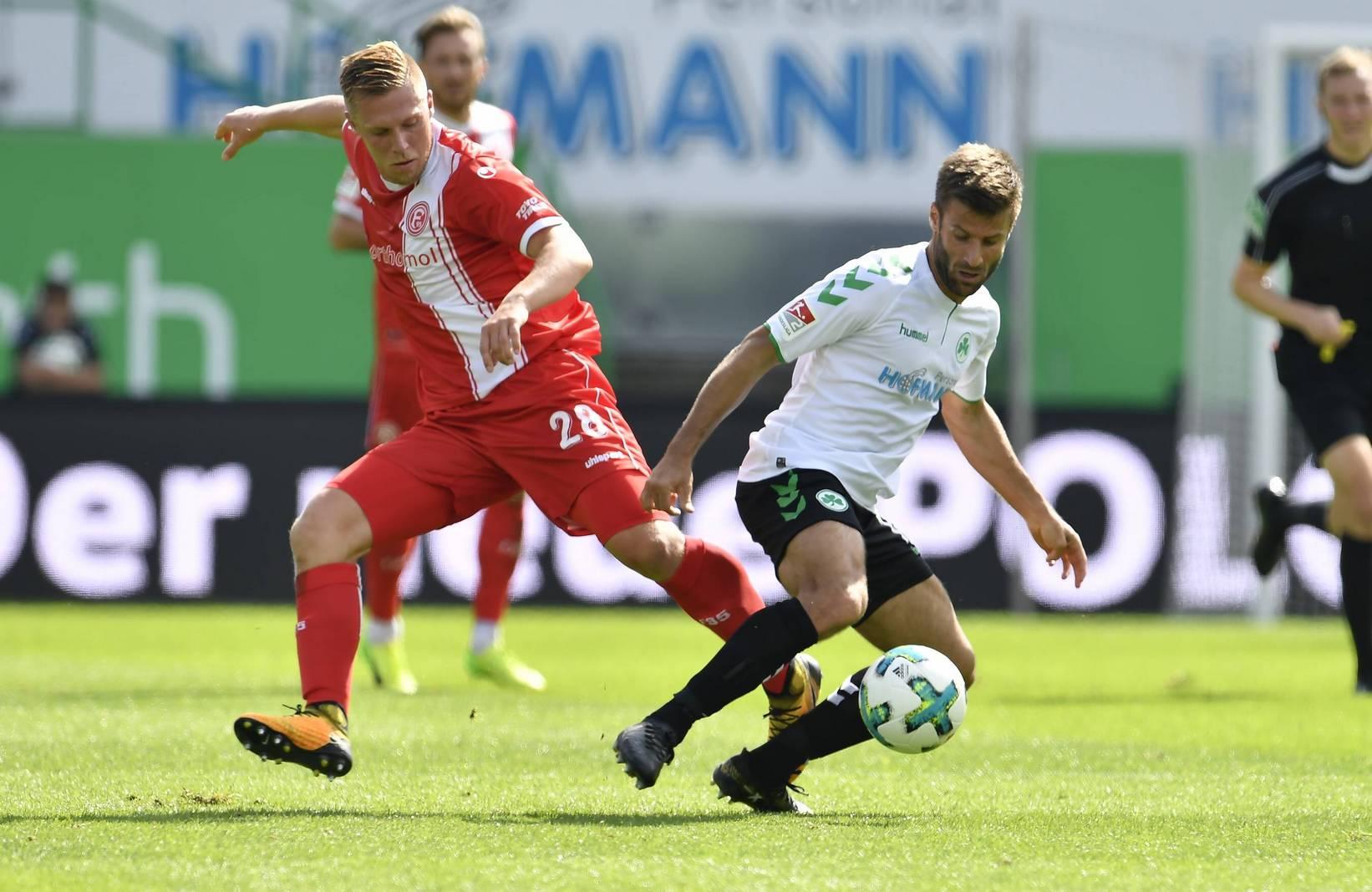 Rouwen Hennings gegen Marco Caligiuri