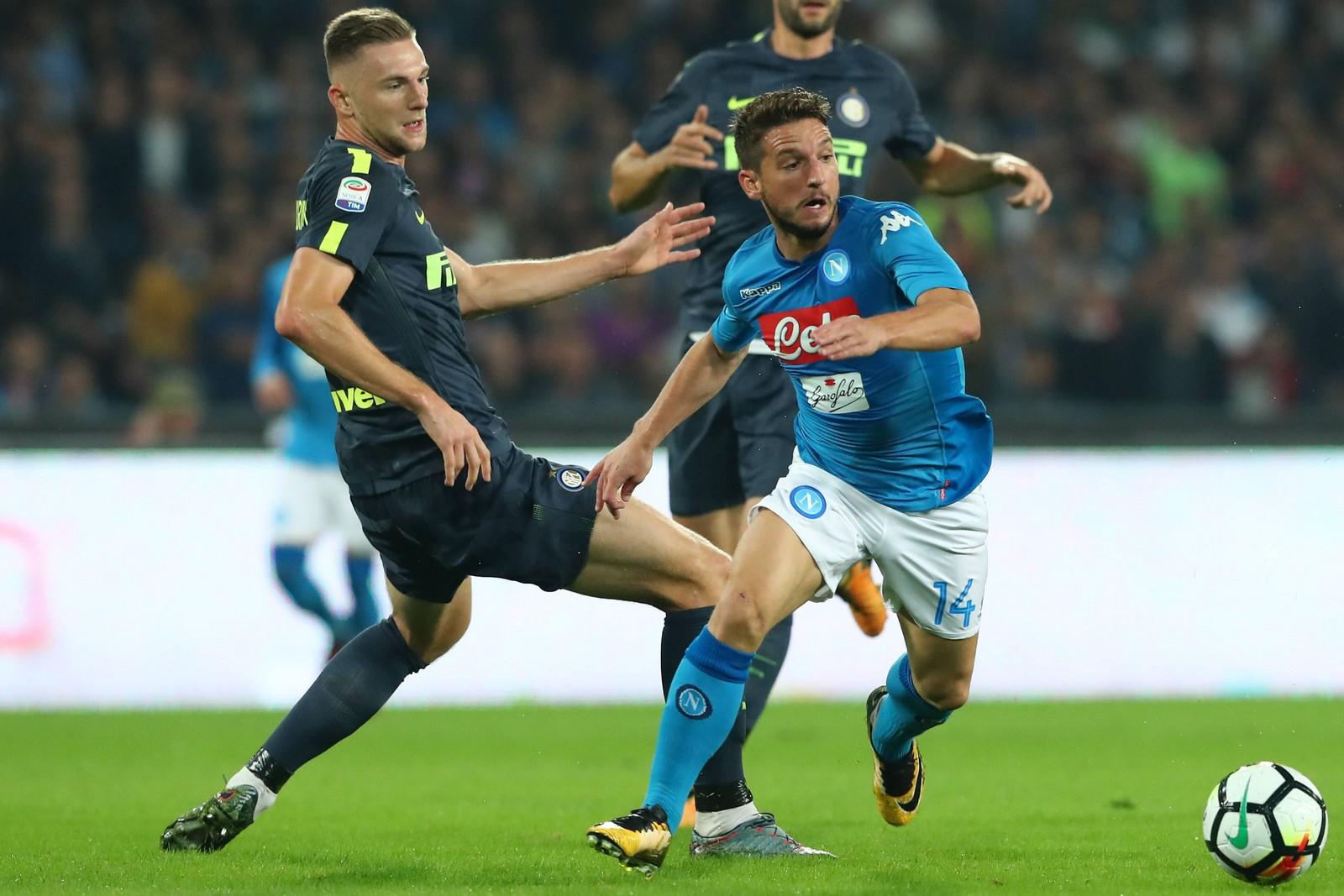 Milan Skriniar von Inter Mailand gegen Dries Mertens vom SSC Neapel