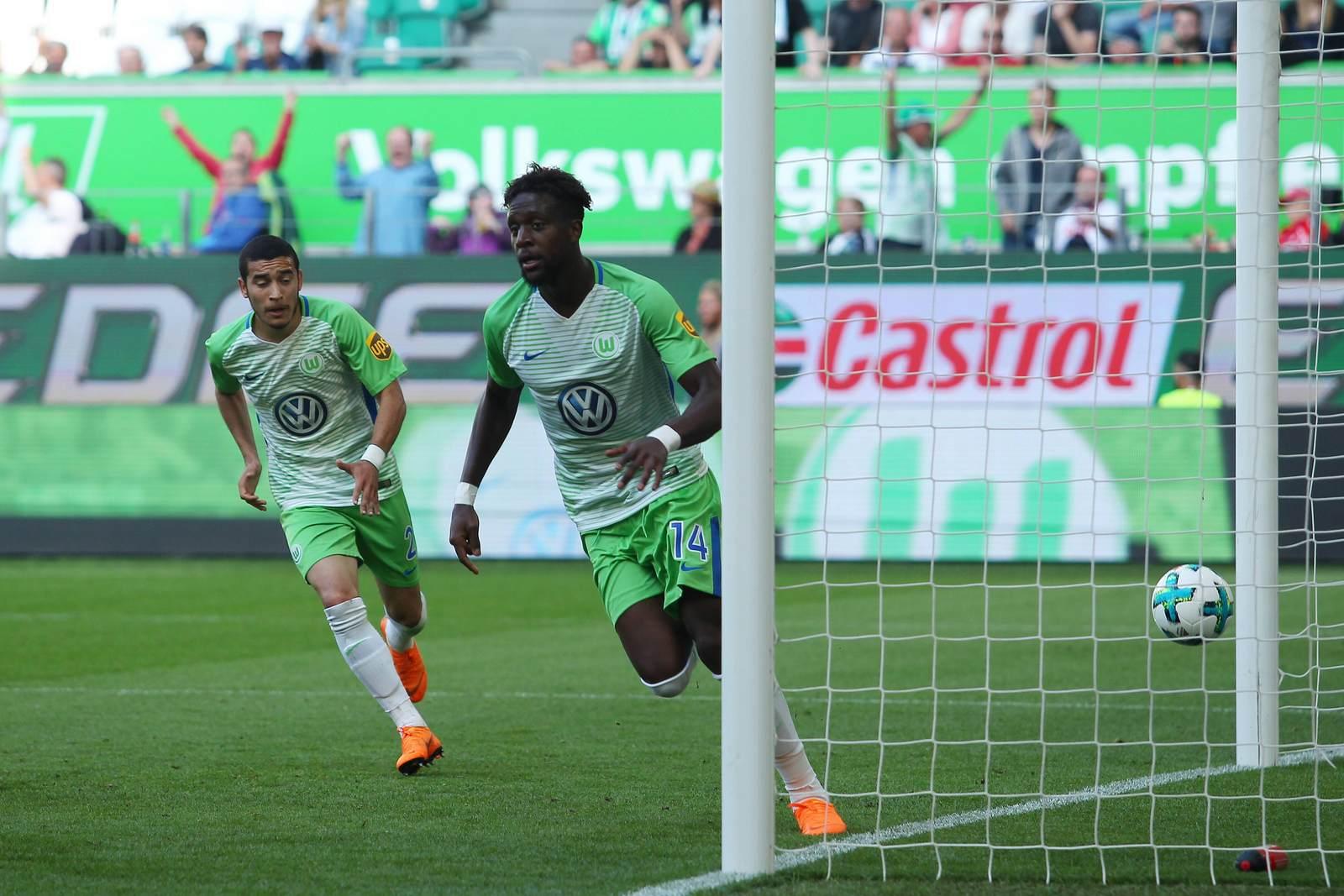 Divock Origi jubelt für Wolfsburg. Jetzt auf die Partie Wolfsburg gegen Kiel wetten,