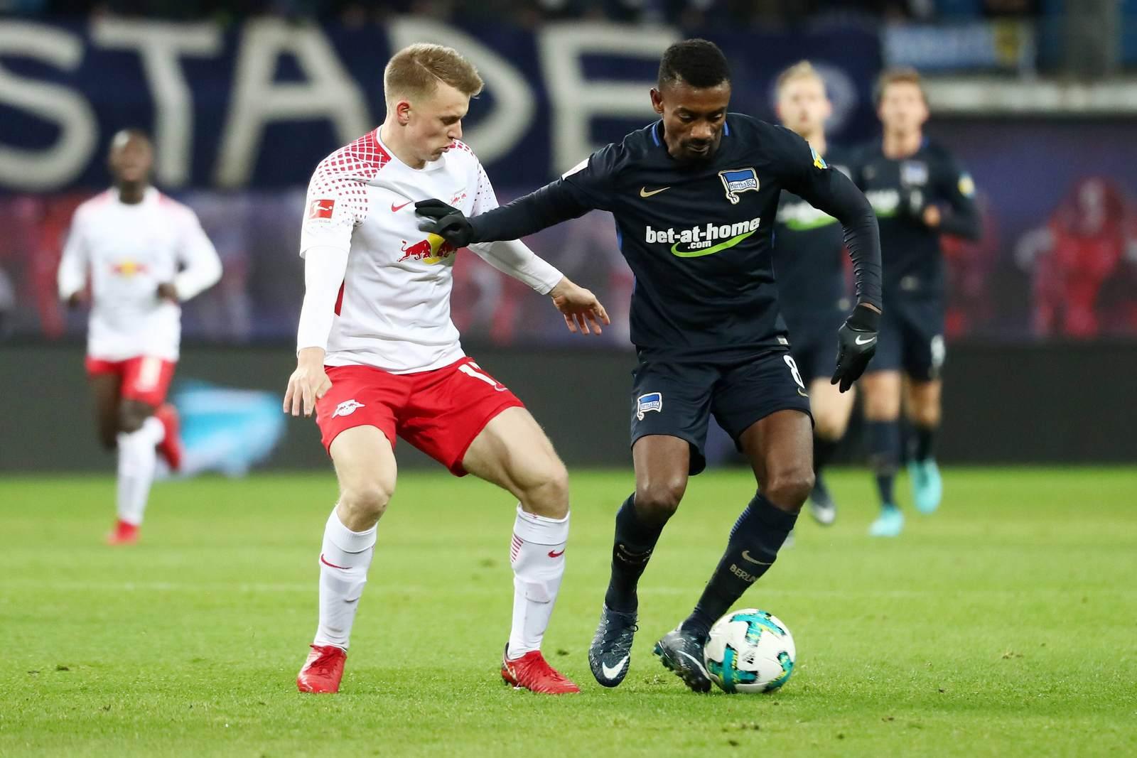 Salomon Kalou gegen Lukas Klostermann. Jetzt auf die Partie Hertha BSC gegen Red Bull Leipzig wetten