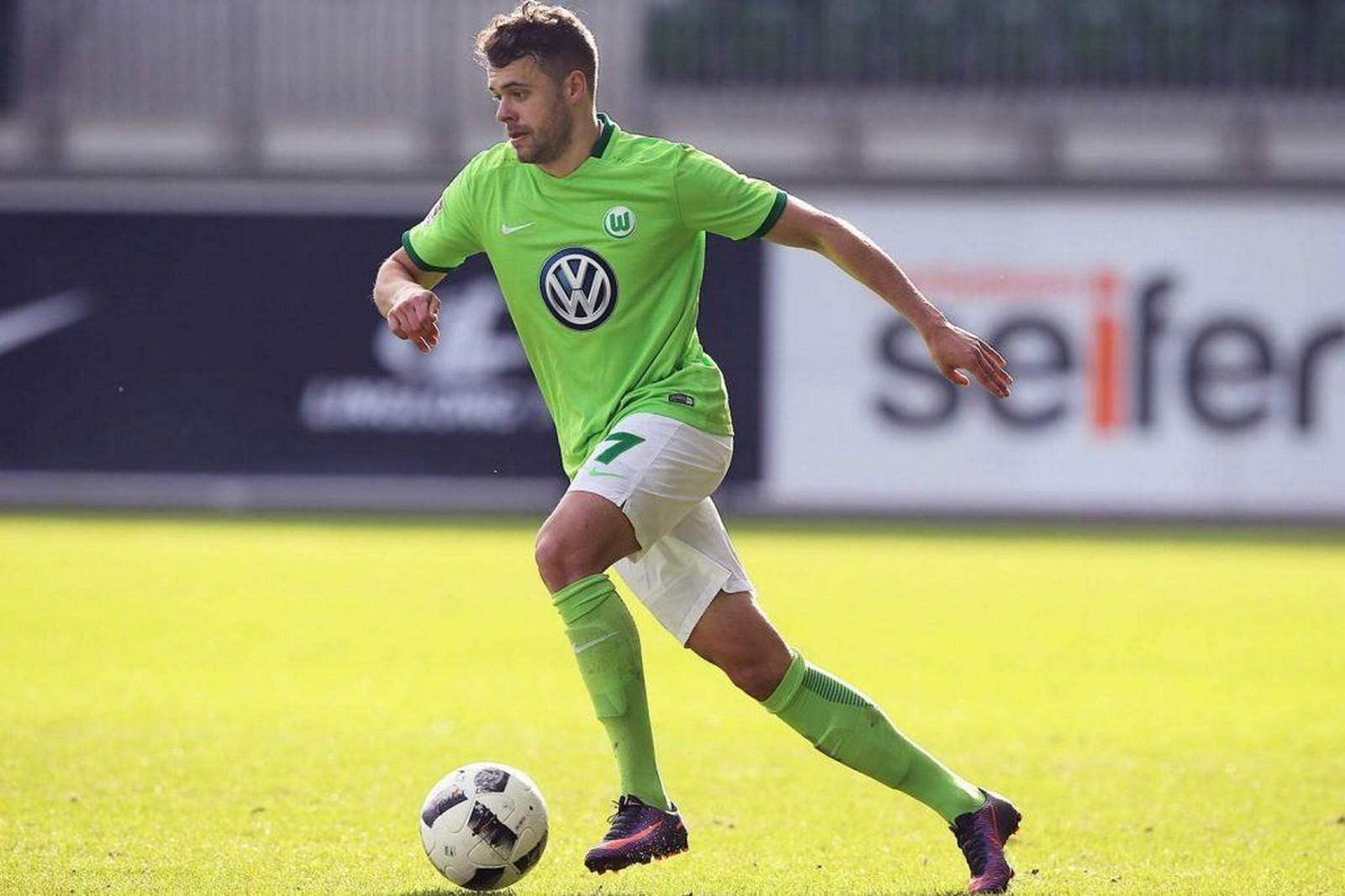 Robert Herrmann vom VfL Wolfsburg im Dribbling