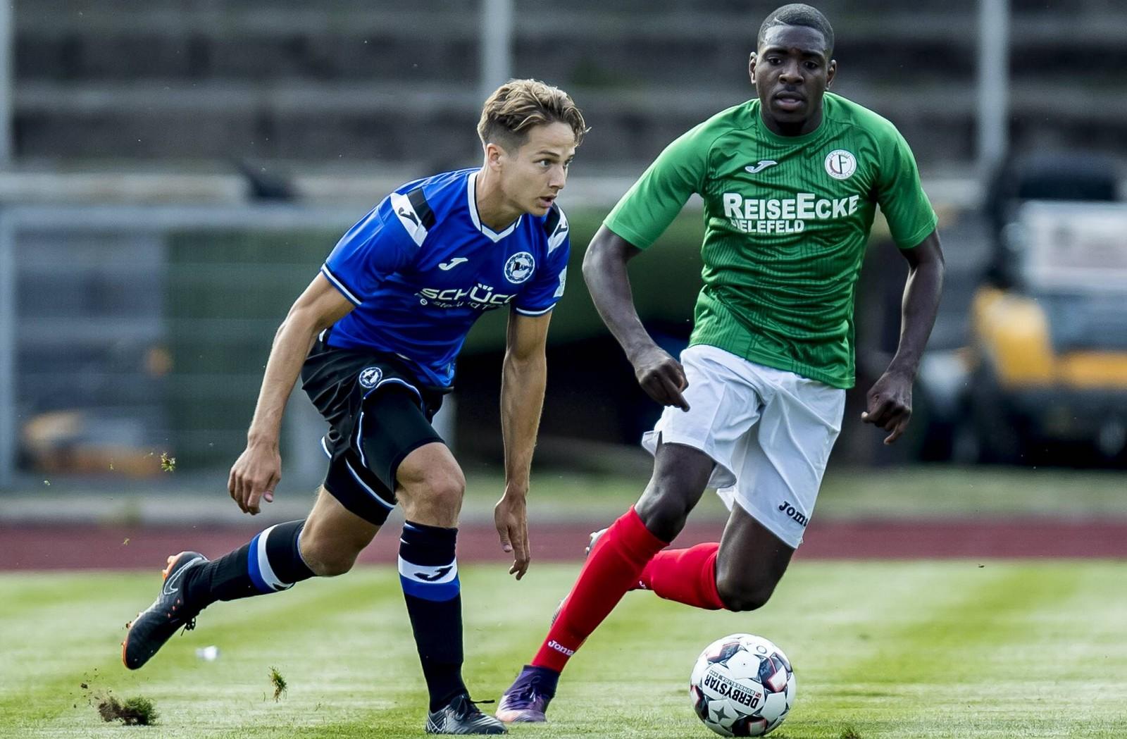 Cedric Brunner von Arminia Bielefeld im Testspiel gegen Fichte Bielefeld