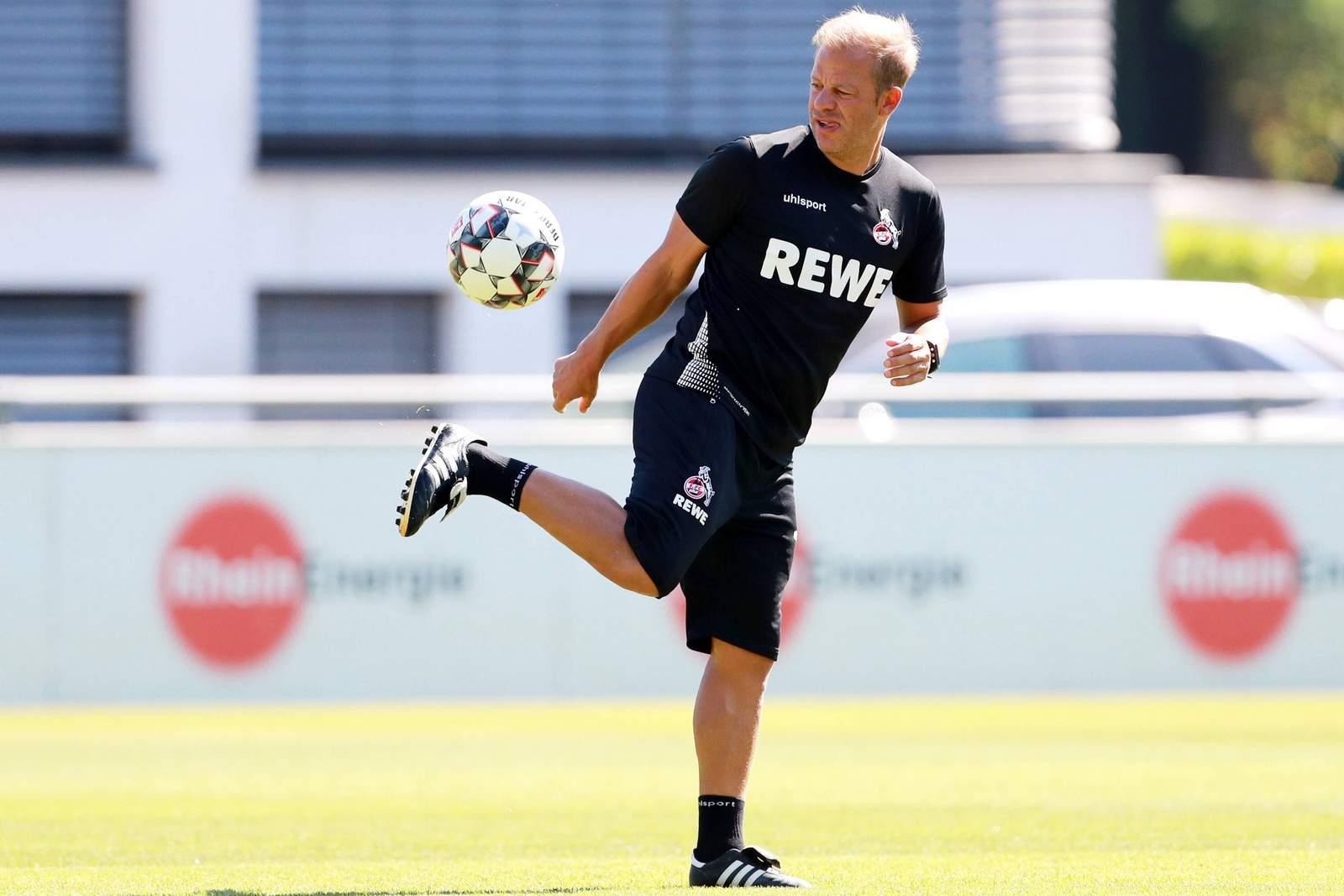 Markus Anfang am Ball.