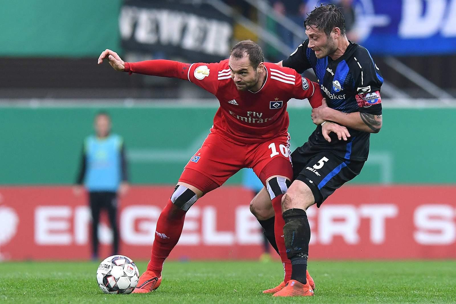 Setzt sich Lasogga wieder gegen Strohdiek durch? Jetzt auf Bundesliga Aufsteiger wetten