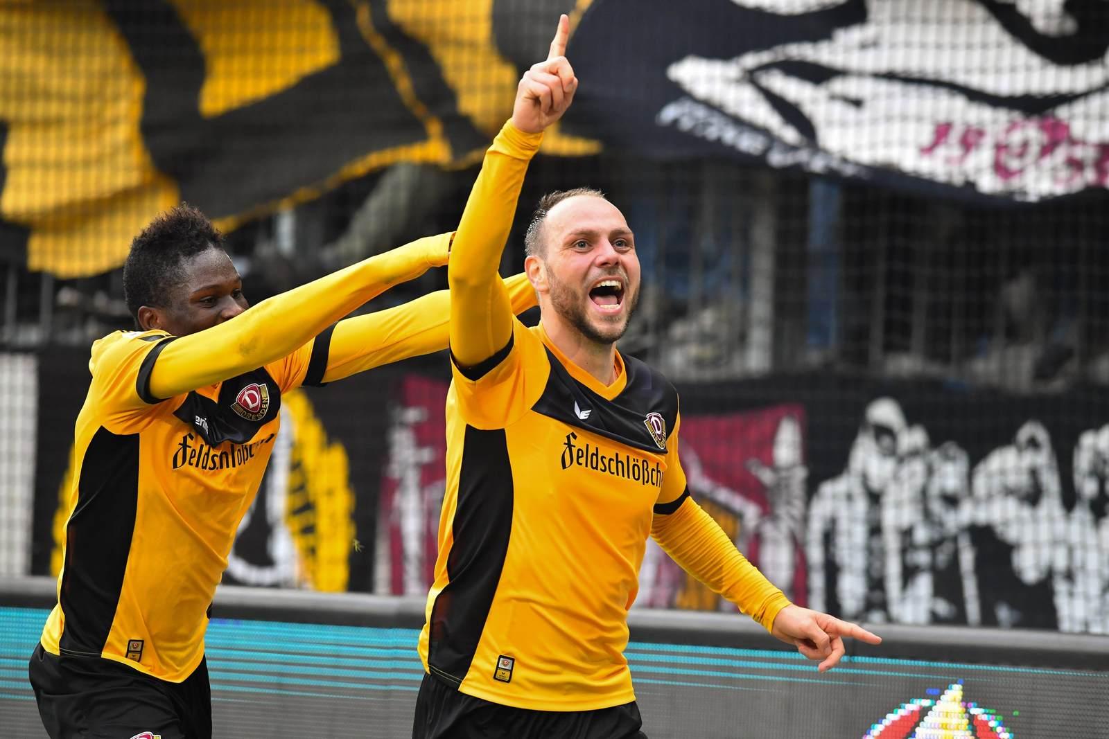 Rico Benatelli im Trikot von Dynamo Dresden