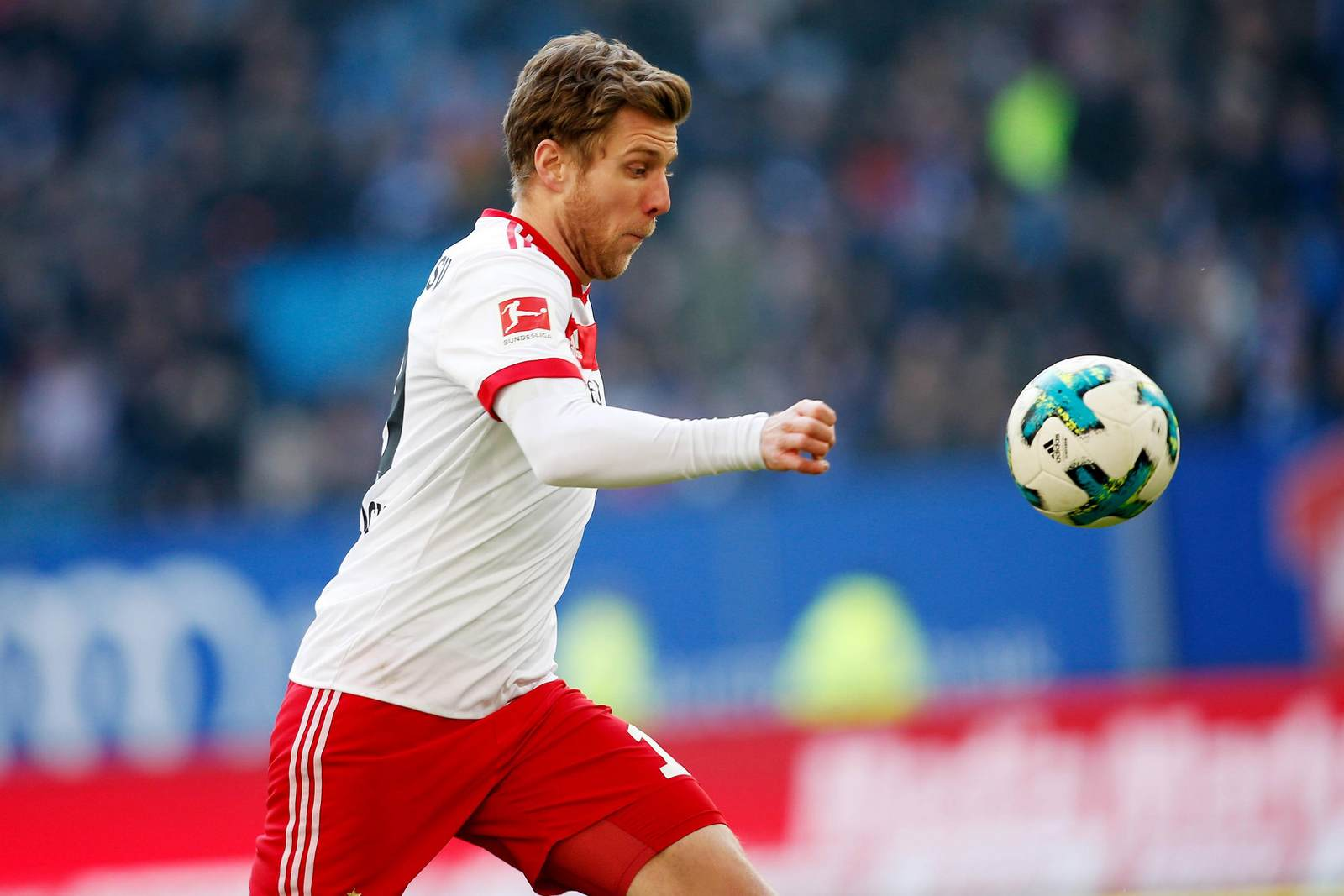 Sven Schipplock am Ball für den HSV