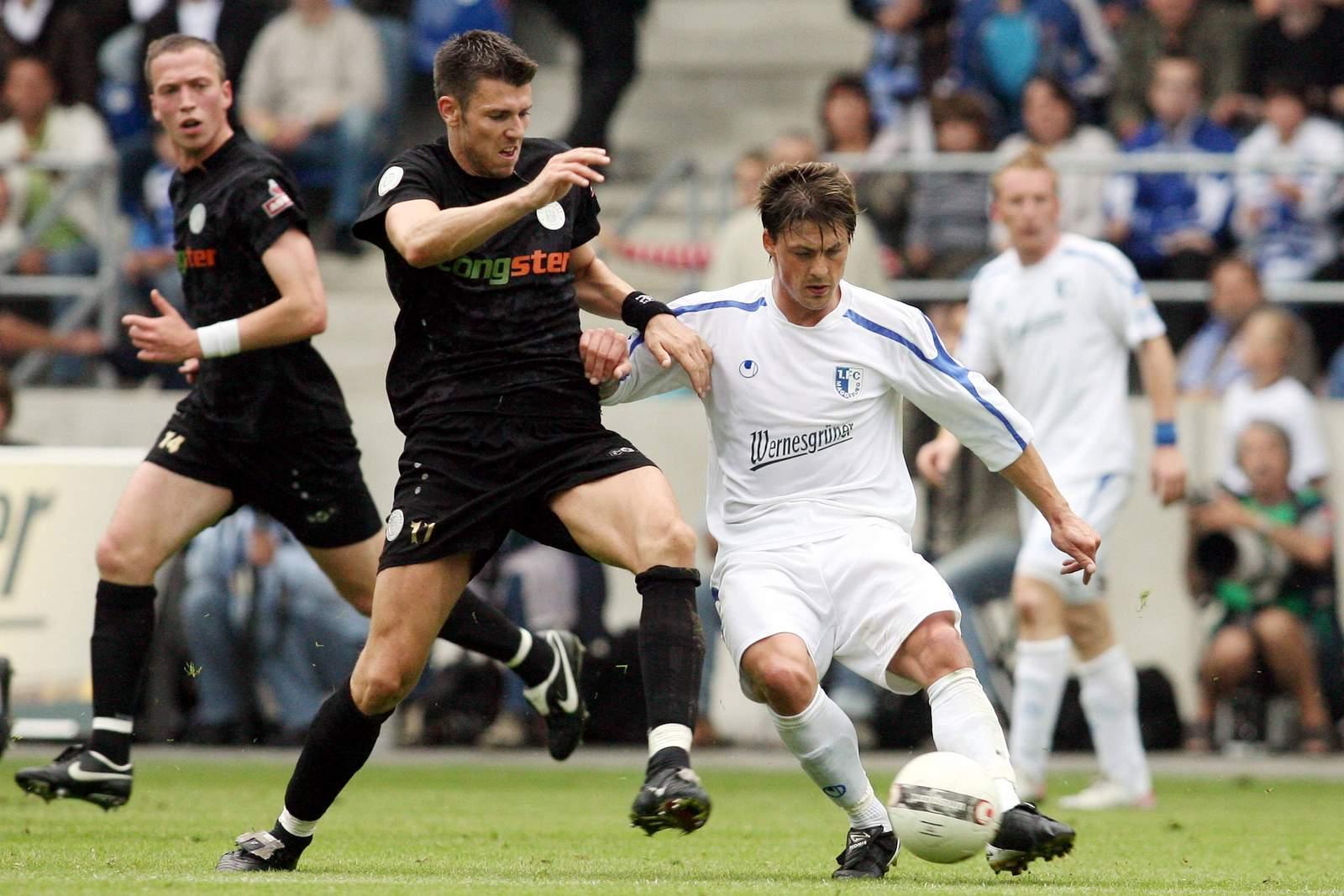 Szene aus dem Jahr 2007: Fabian Boll im Zweikampf mit Björn Lindemann. Jetzt auf Magdeburg gegen St. Pauli wetten.