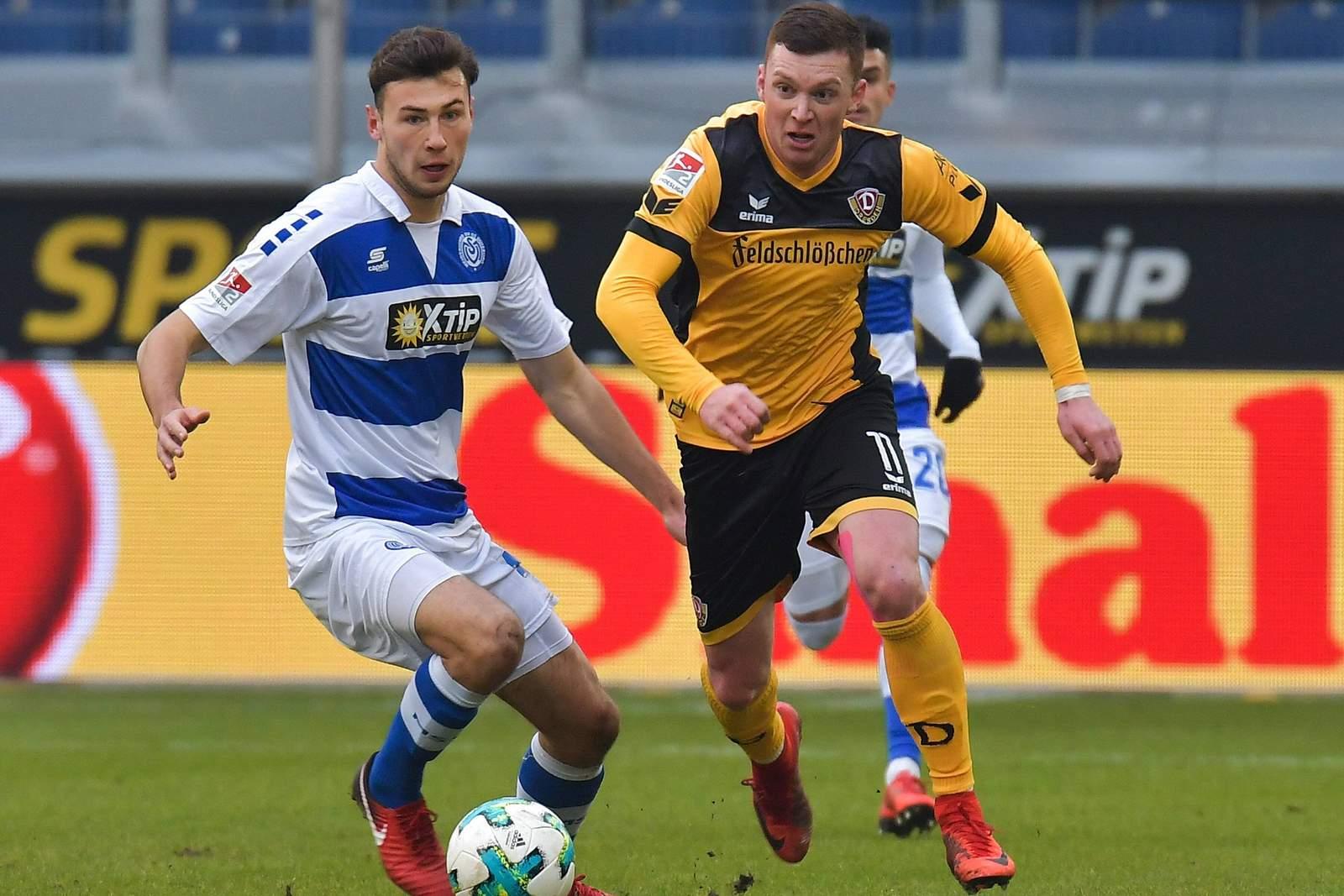 Haris Duljevic zieht gegen Lukas Fröde davon. Jetzt auf Dresden gegen Duisburg wetten.
