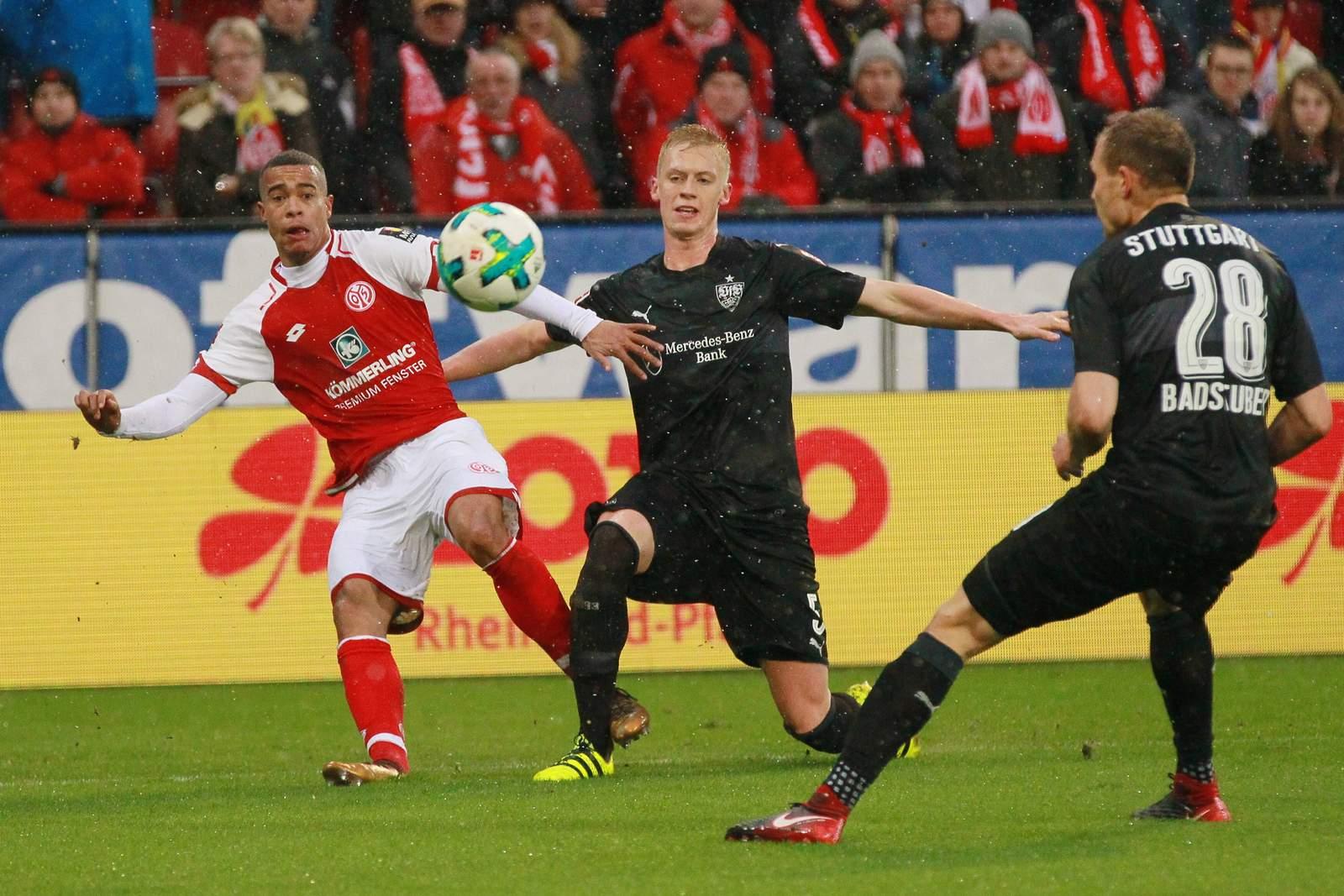 Setzt sich Quaison wieder gegen Baumgartl durch? Jetzt auf Mainz vs Stuttgart wetten!