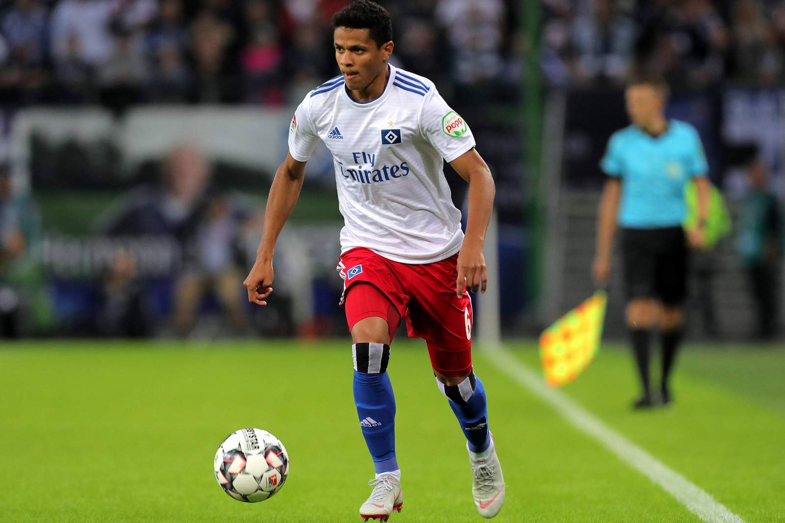 Douglas Santos im HSV-Dress.
