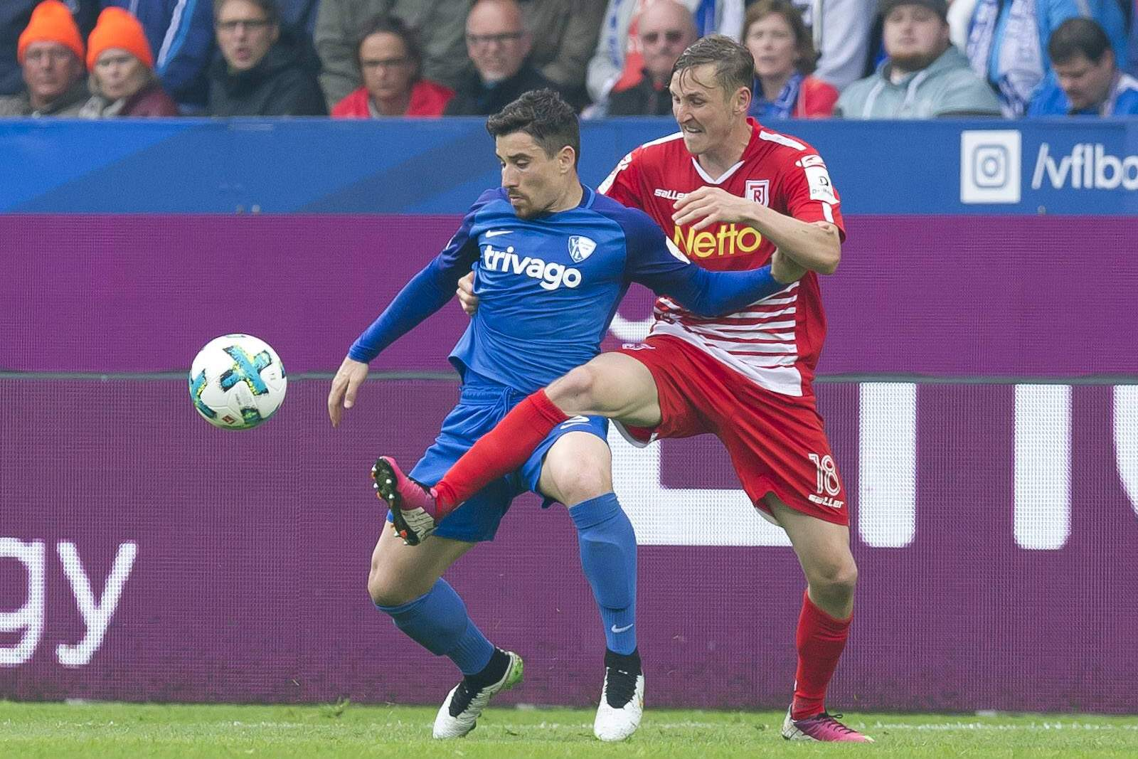Entscheidet Danilo Soares das Aufeinandertreffen mit Mark Lais für sich? Jetzt auf Bochum gegen Regensburg wetten.