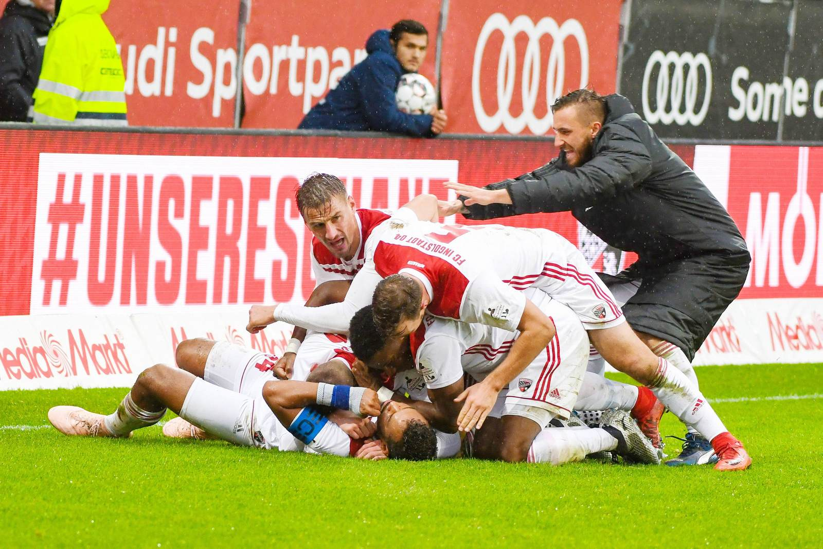FC Ingolstadt jubelt