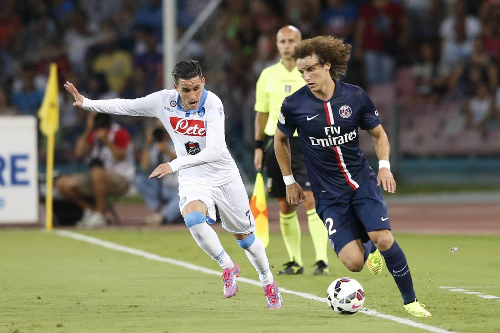 Jose Maria Callejon gegen David Luiz. Jetzt auf die Partie PSG vs SSC Neapel wetten.