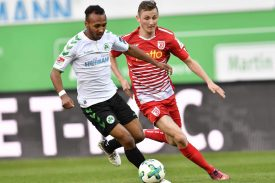 Greuther Fürth gegen Jahn Regensburg