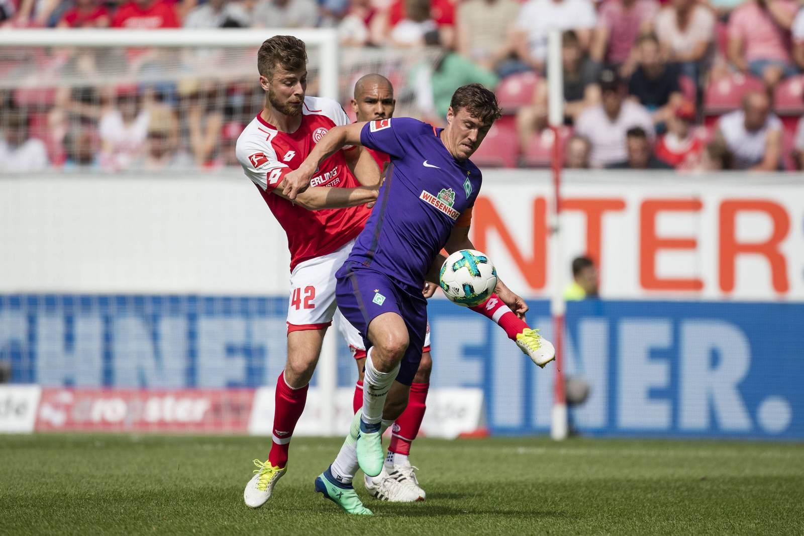 Alexander Hack gegen Max Kruse. Jetzt auf die Partie Mainz gegen Werder wetten