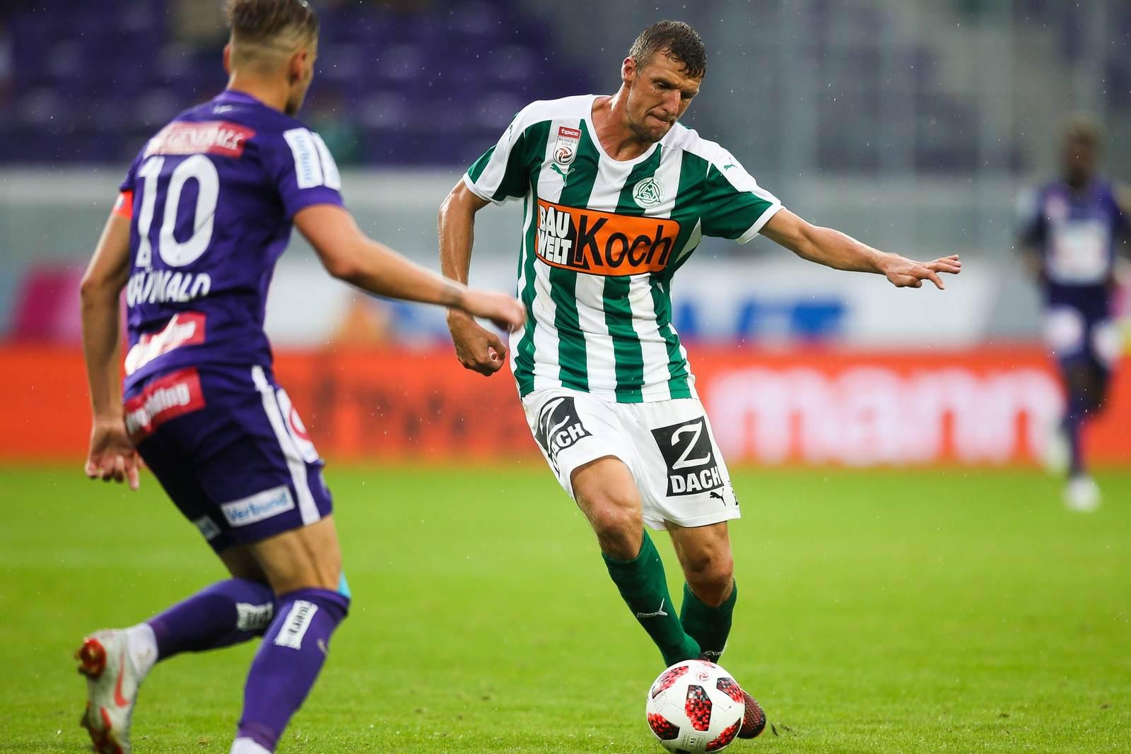 Alois Höller am Ball für den SV Mattersburg