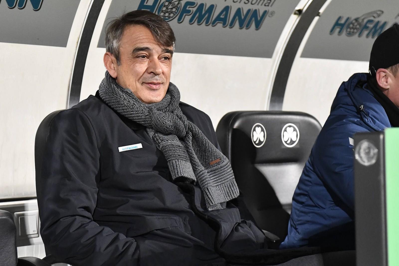 Die positive Entwicklung unter Damir Buric belohnte Greuther Fürth mit einer Vertragsverlängerung.