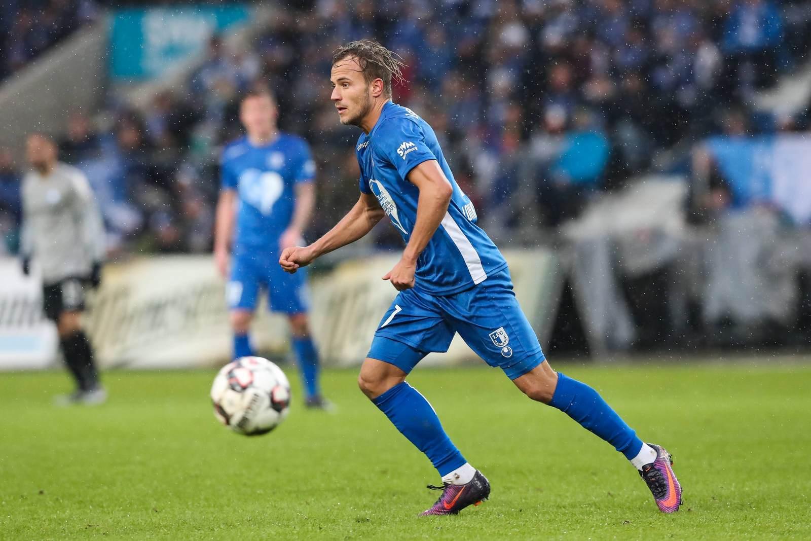 Felix Lohkemper am Ball für den 1. FC Magdeburg.
