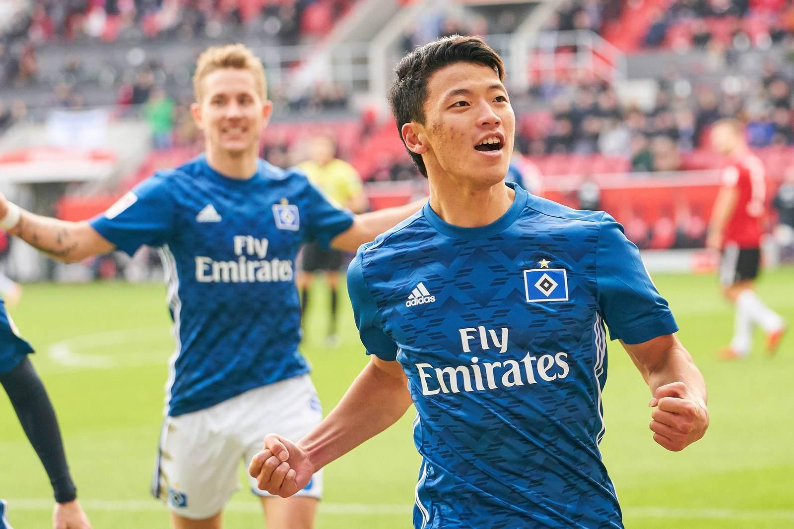 Hee-Chan Hwang jubelt nach seinem Tor gegen Ingolstadt