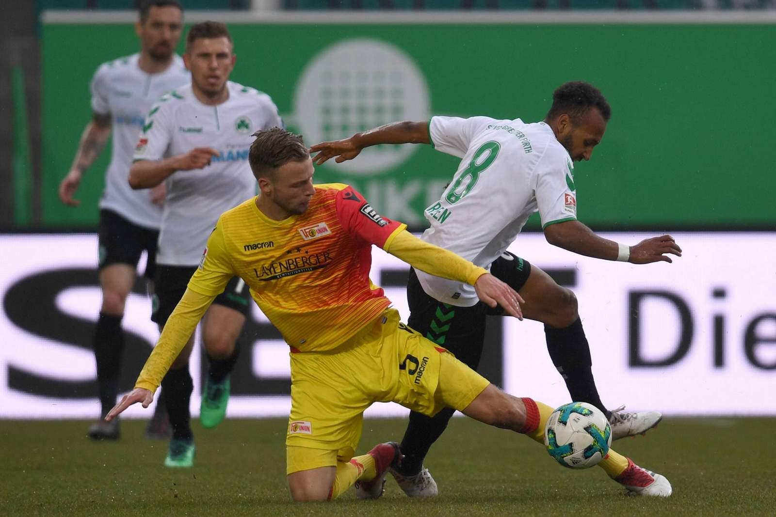 Stellt sich Marvin Friedrich auch Julian Green erfolgreich in den Weg? Jetzt auf Union Berlin gegen Fürth wetten.