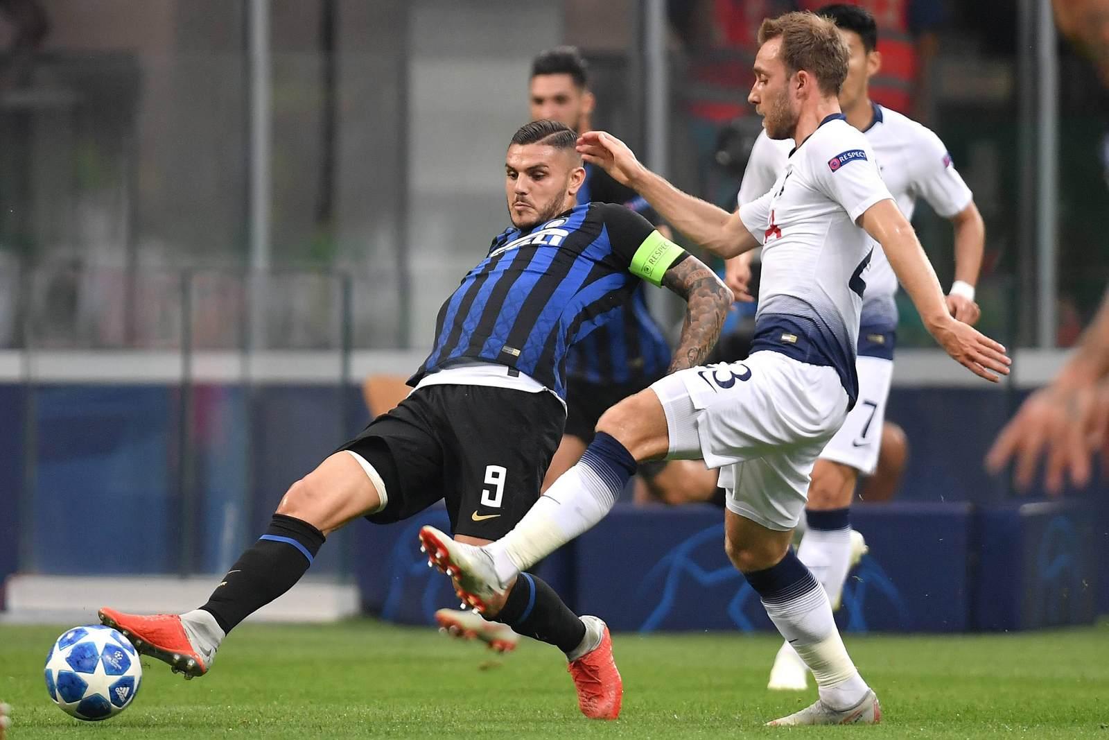 Mauro Icardi im Duell mit Christian Eriksen. Jetzt auf die Partie Tottenham vs Inter Mailand wetten