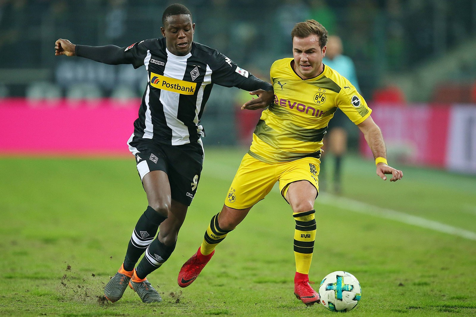 Kann Denis Zakaria Mario Götze in Schach halten? Jetzt auf BVB gegen Gladbach wetten!