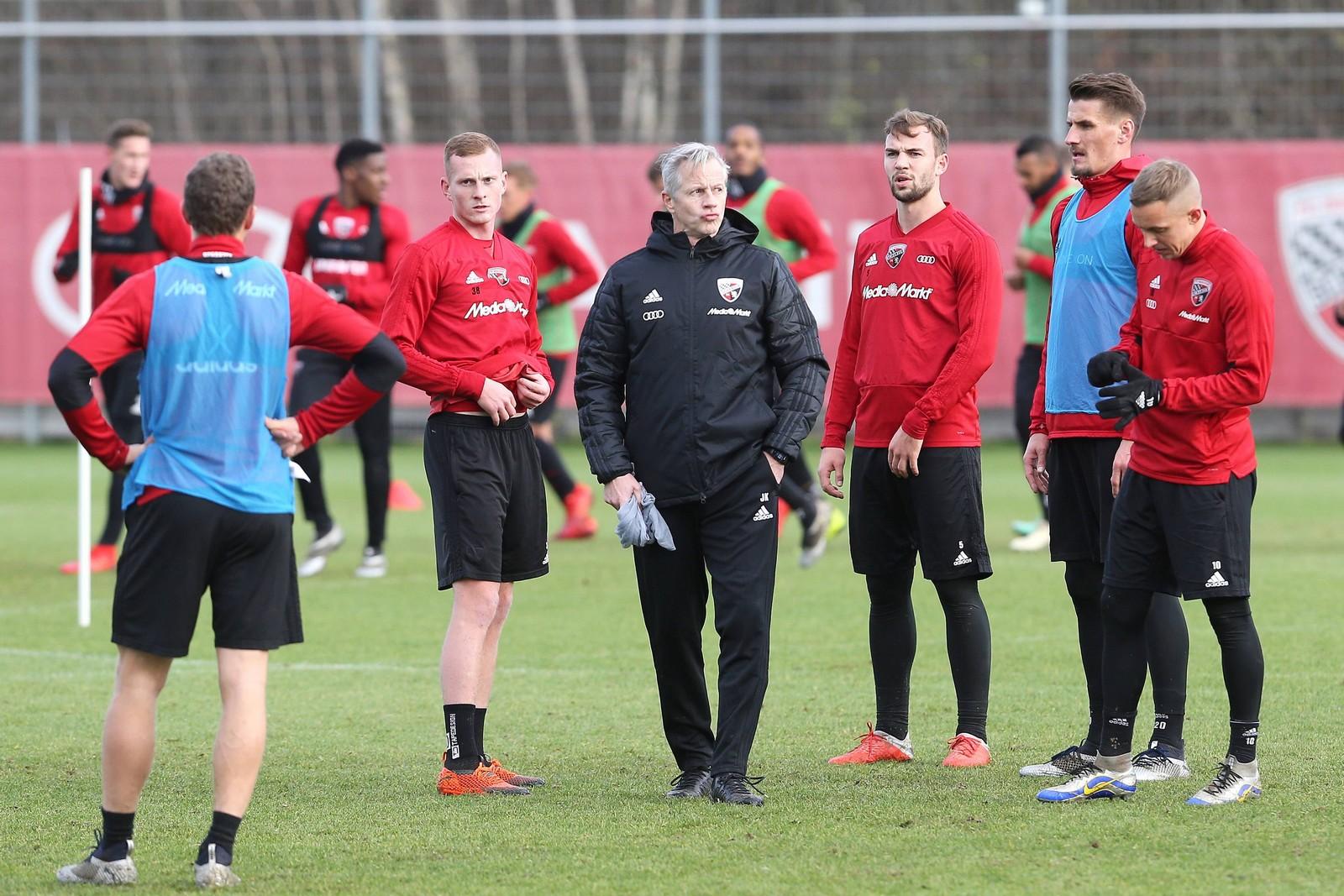 Jens Keller im Training des FC Ingolstadt