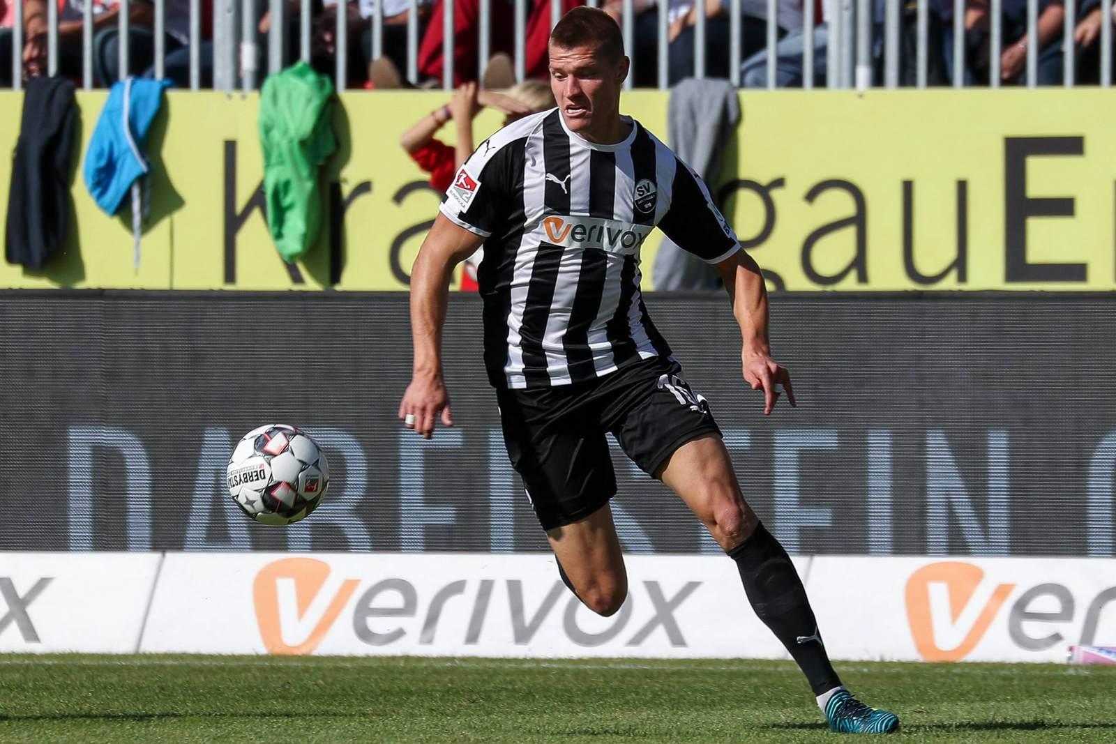 Kevin Behrens am Ball für den SV Sandhausen