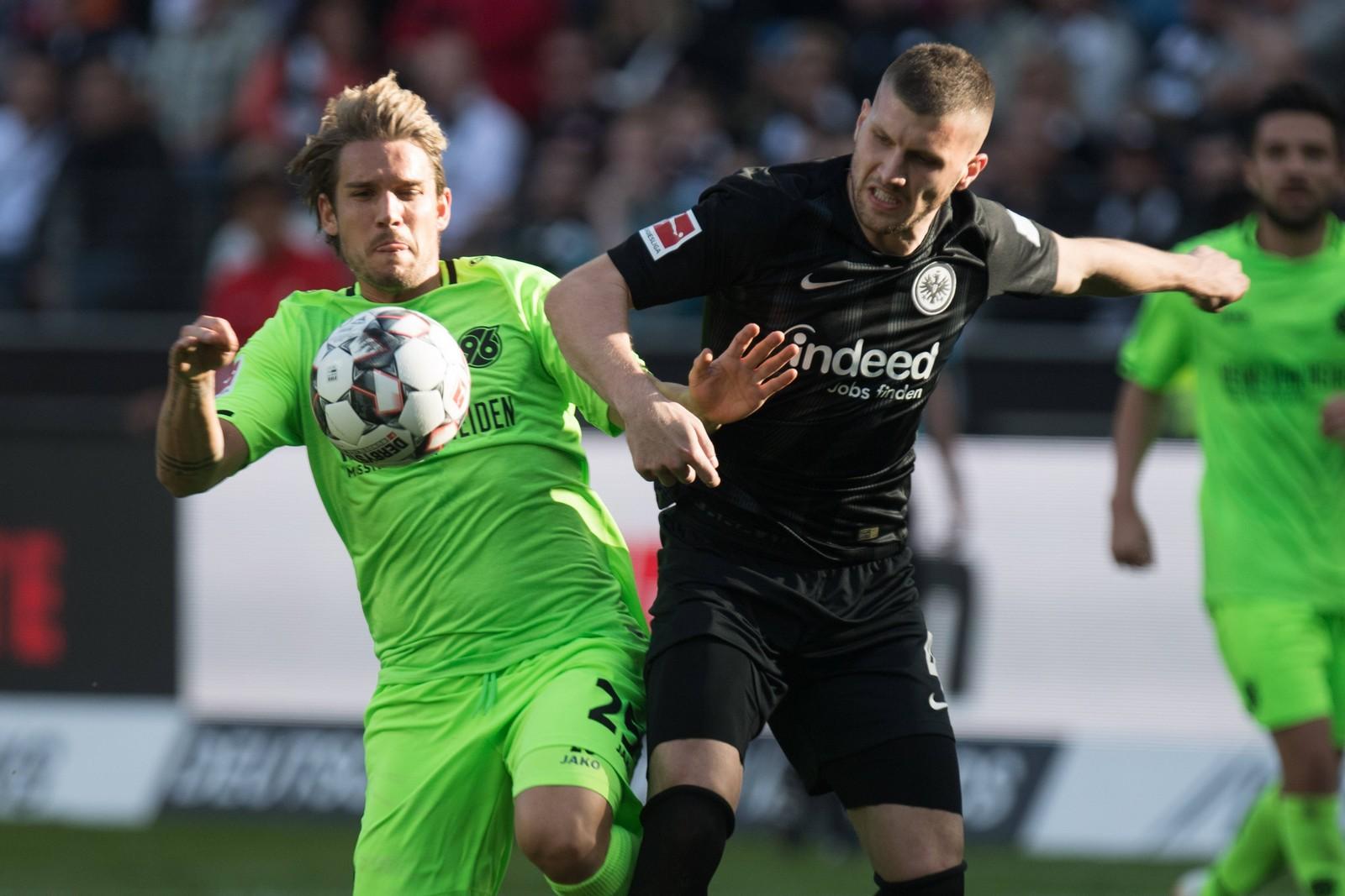 Trifft Ante Rebic auch gegen Hannover? jetzt auf Hannover gegen Frankfurt wetten!