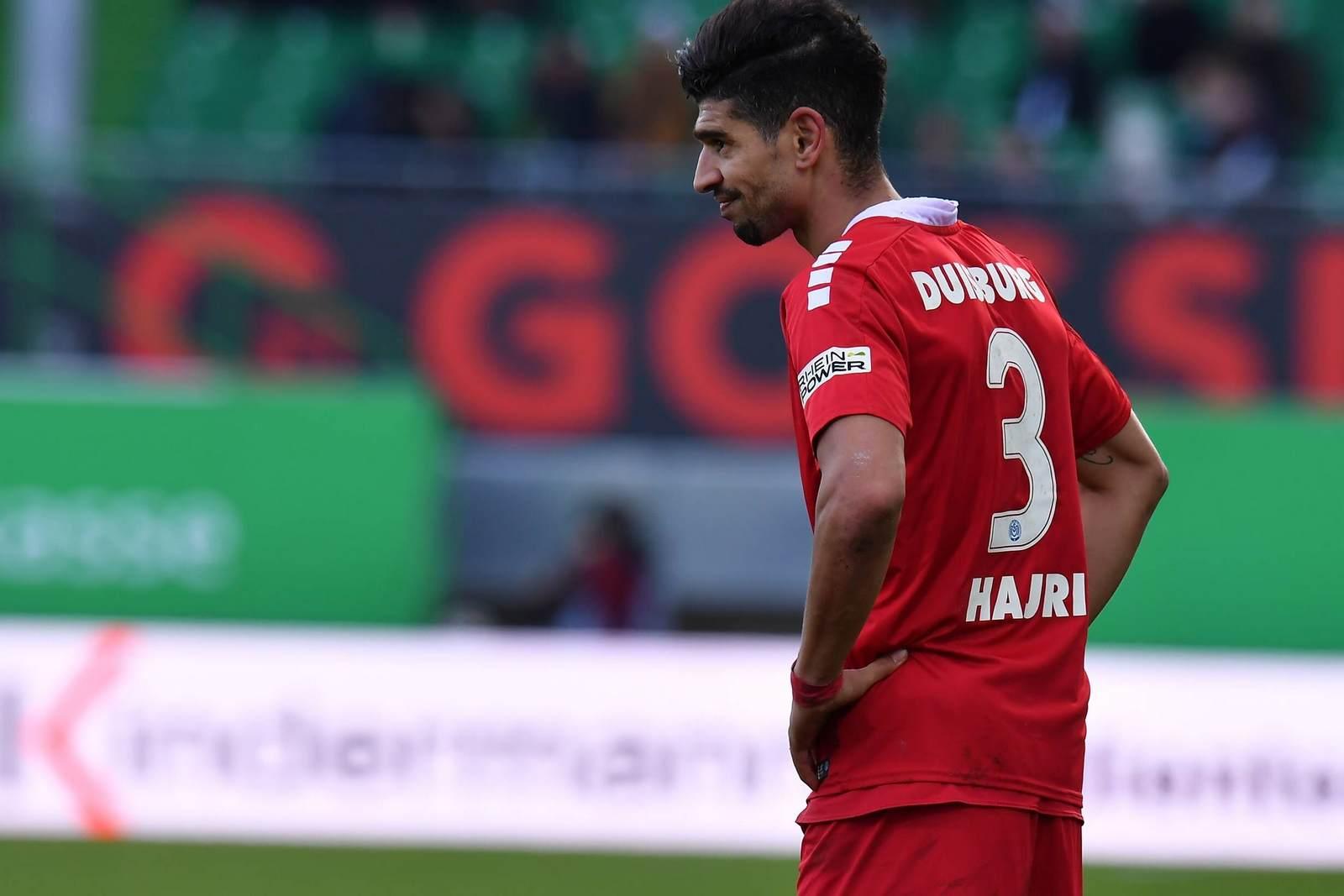 Enis Hajri nach seiner roten Karte gegen Greuther Fürth