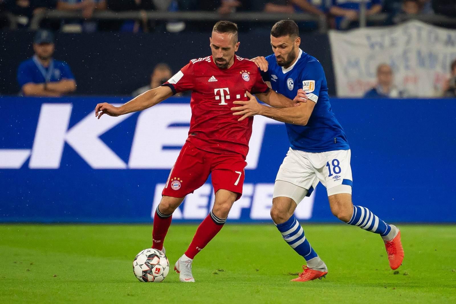 Franck Ribery gegen Daniel Caligiuri.