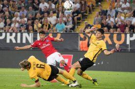 HSV gegen Dynamo Dresden