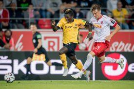 Dynamo Dresden gegen Jahn Regensburg
