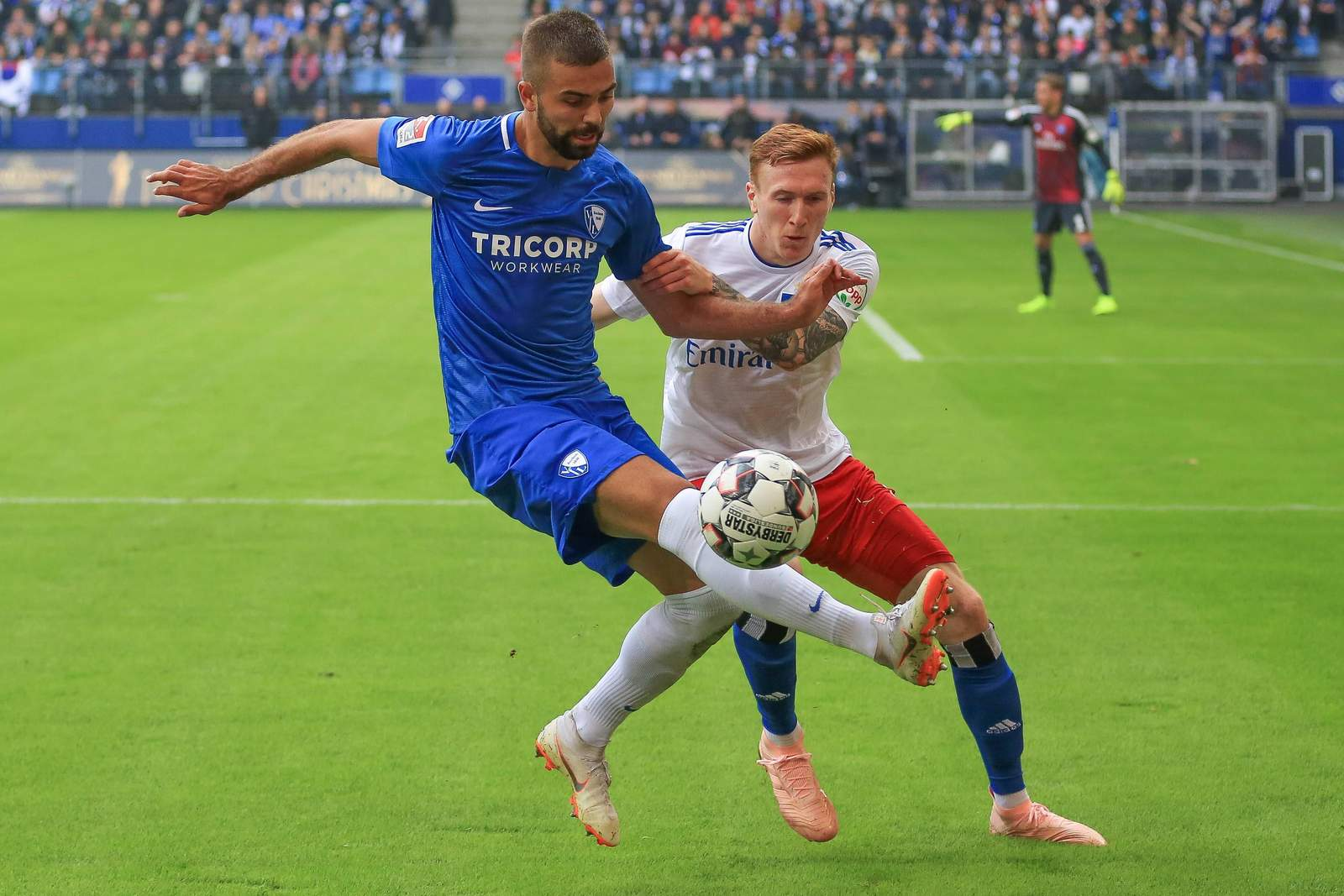 Lukas Hinterseer am Ball für den VfL Bochum